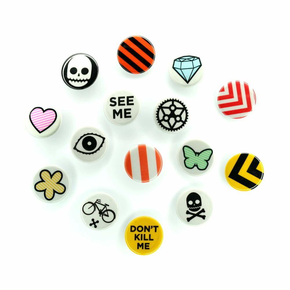reflektierende buttons badges von rydesafe 3 00. Black Bedroom Furniture Sets. Home Design Ideas